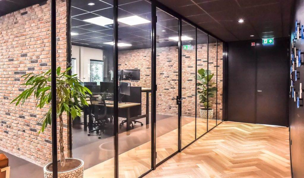 Kantoren met Glaswanden