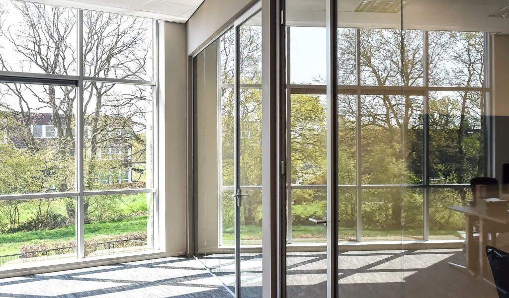 HUG Engineering - Glaswand Kantoor (2)